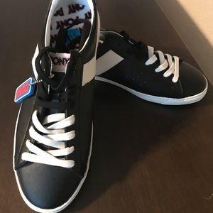 Men's Black and White Retro Pony Sneakers